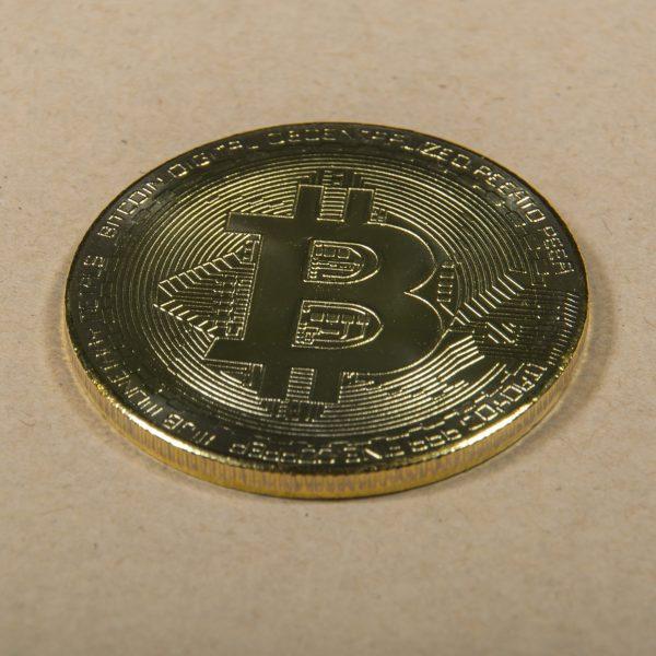 Bitcoin mince kovová
